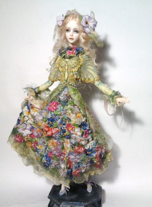 Doll by Milana Shupa-Dubrova (Ukraine)