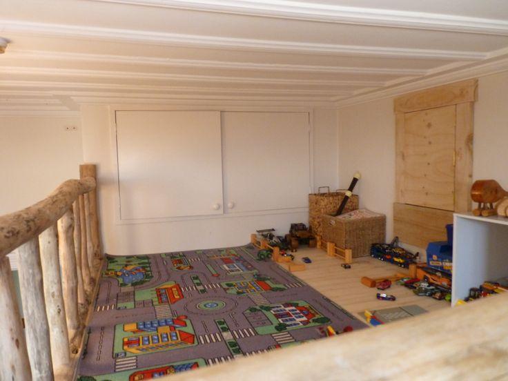 Rustic Driftwood Loft. Concept: Iris Kouzounian. Builder: Douglas Ransom. Location: Hawkes Bay, New Zealand. www.facebook.com/nobelsteed