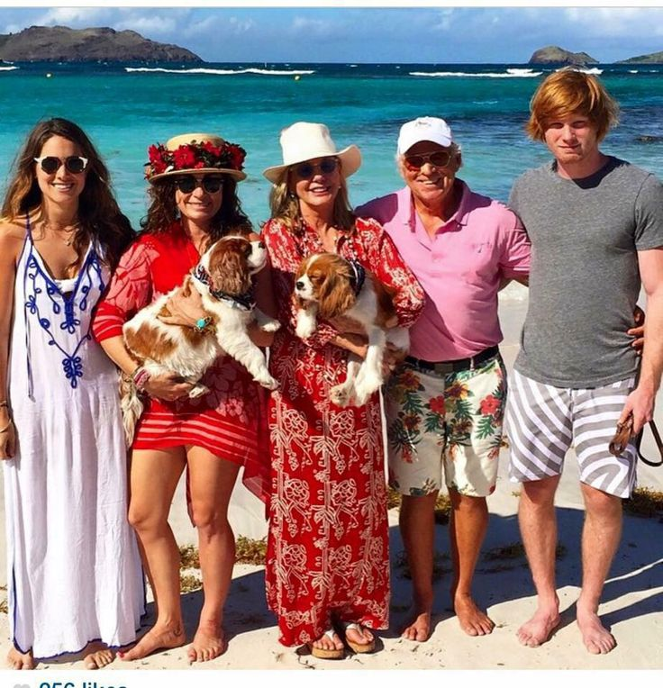 Happy family of Jimmy Buffet
