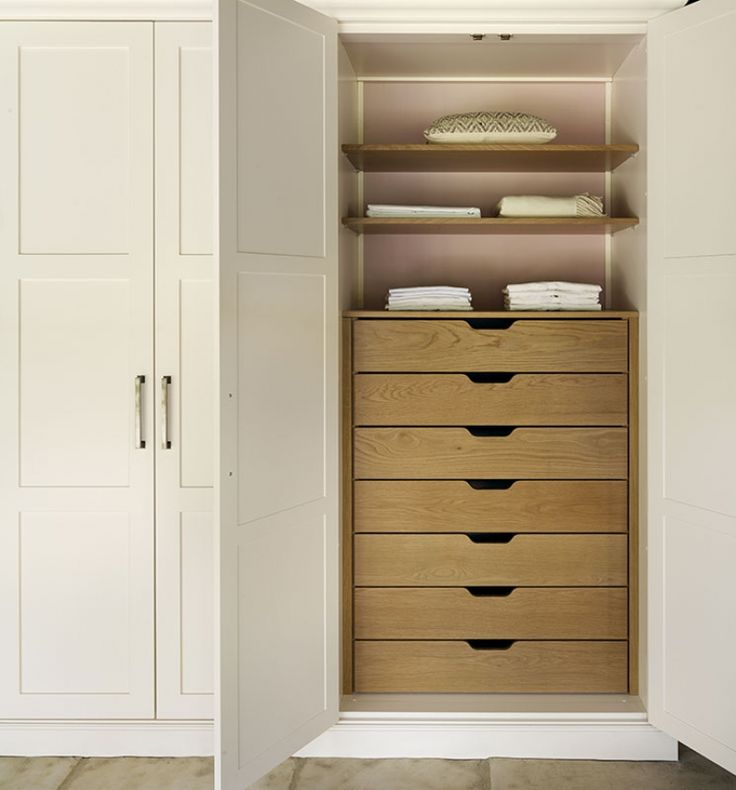 Shaker bedroom wardrobes and bedroom furniture
