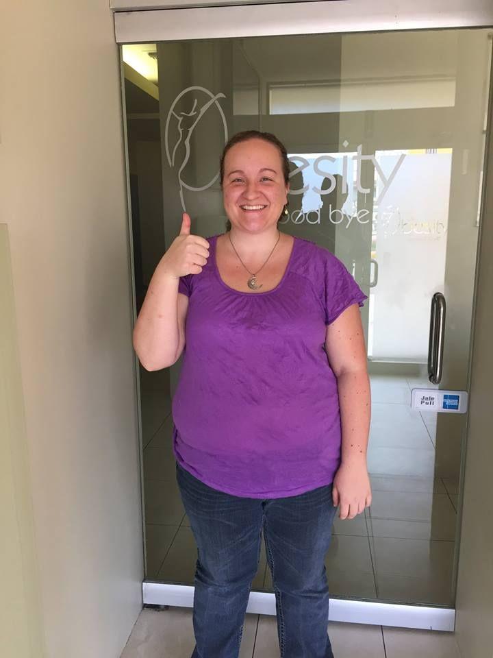 Ashley llegando para su cirugia de Manga Gastrica el 18 de mayo en las instalaciones de Tijuana con el doctor Sergio Verboonen y el equipo de  International Patient Facilitators - Go Ashley ! 01-800-681-8109
