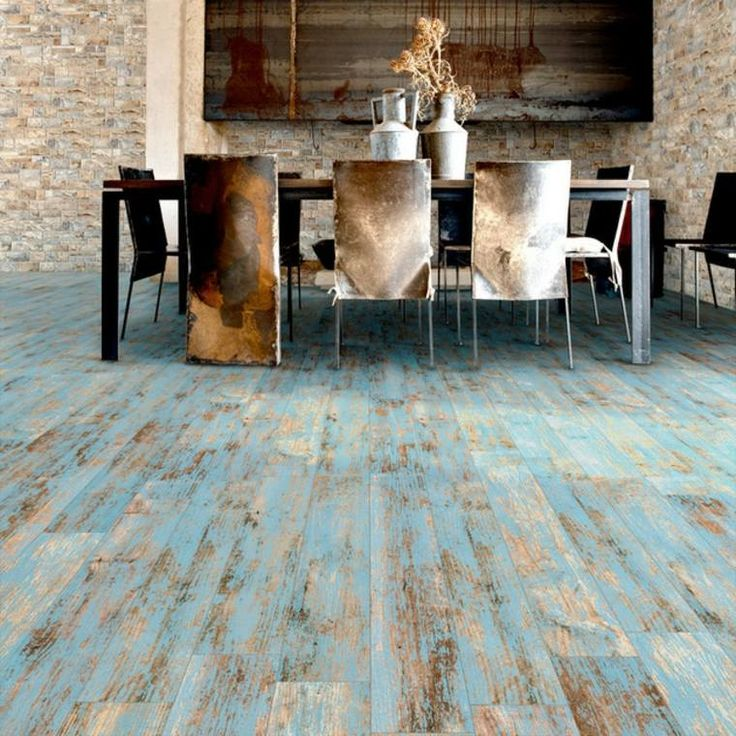 Carrelage aspect bois vielli en bleu par Vives Ceramica