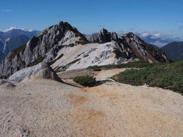 東沢乗越から燕岳|北アルプス登山ルートガイド。Japan Alps mountain climbing route guide
