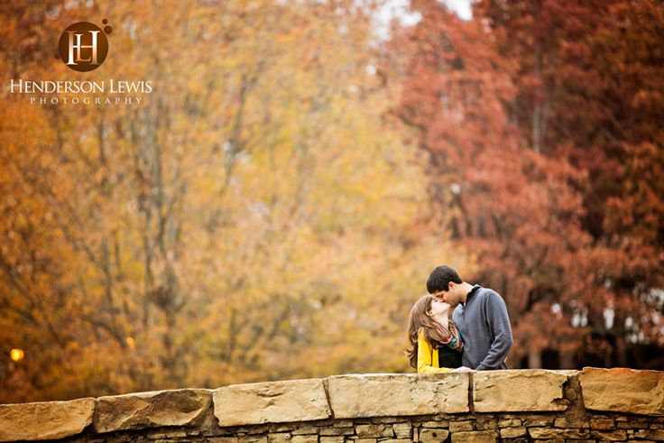 Freedom Park, Charlotte, NC, Engagement session, Fall colors, November, pose ideas