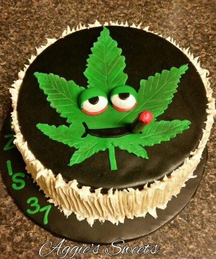 Marijuana Leaf Birthday Cake Aggie S Sweets Pinterest