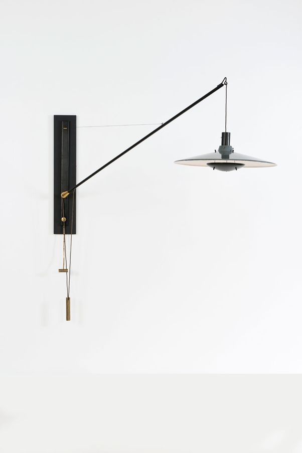 Gino Sarfatti; #194 Brass and Enameled Metal Wall Light for Arteluce, 1950s.