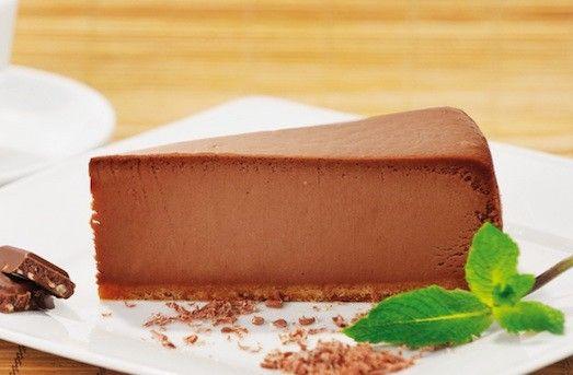 Сладкоежкам и гурманам: аппетитный чизкейк из шоколада