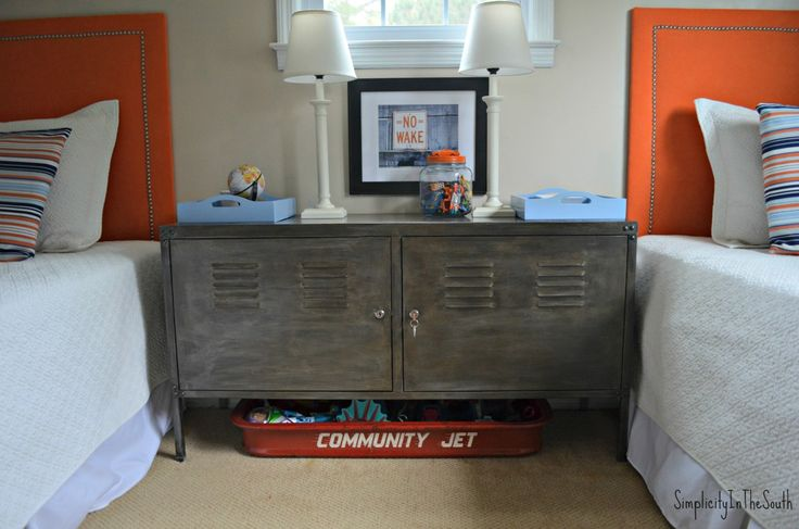 IKEA Hackers: Give your Ikea PS Cabinet a Gunmetal finish. Inspired By Restoration Hardware.