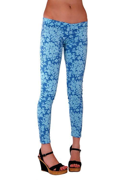 Büyük Beden Taytlar-80's Flower Printed Tight - Çiçek Desenli Tayt Mavi| PembeGecelik.Com Renk: Mavi Emprime Baskılı Beden: S, M ve L Fiyat: 36,62 TL