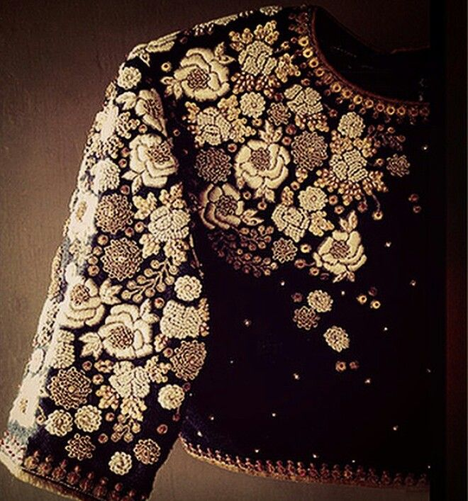 Love this ethnic yet so fashy choli from dhruv singh clothing