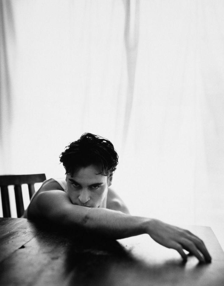 bohemea:    Joaquin Phoenix