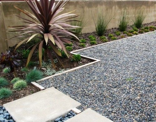 pea gravel with border, square pavers