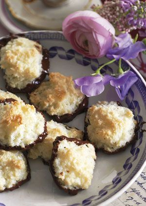 Lige til aftenkaffen, som mormor lavede dem! Få opskriften på lækre kokosmakroner her!