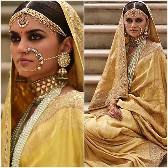 Have loads of orders to deal with but before that a quick post for more bridal jewellery and outfit look inspo for my lovely followers. Sabyasachi at his modest traditional best with Kishandas jewellers. Stunning right ? #Sabyasachi #jewelryblogger #jewelleryblogger #weddingideas #weddingjewellery #wedding #weddingjewellery #stylefile #potn #fashion #indianfashion #indianbride #pakistanibride #bridaljewelry #bridaljewellery #uk #london #followme