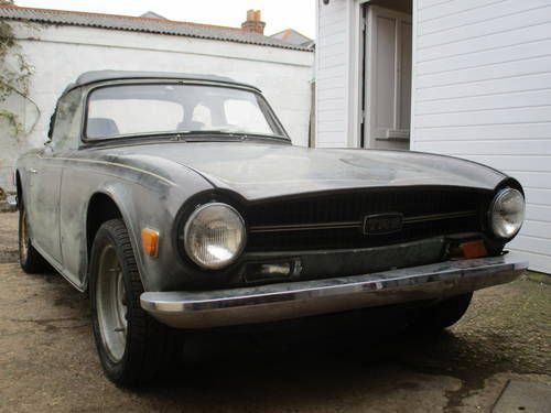 TRIUMPH TR6 -1971 - EXCELLENT PROJECT CAR For Sale on Car And ...