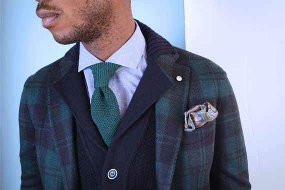http://www.rionefontana.com/it/739-abbigliamento-uomo-autunno-inverno-denim-and-tie-outfit