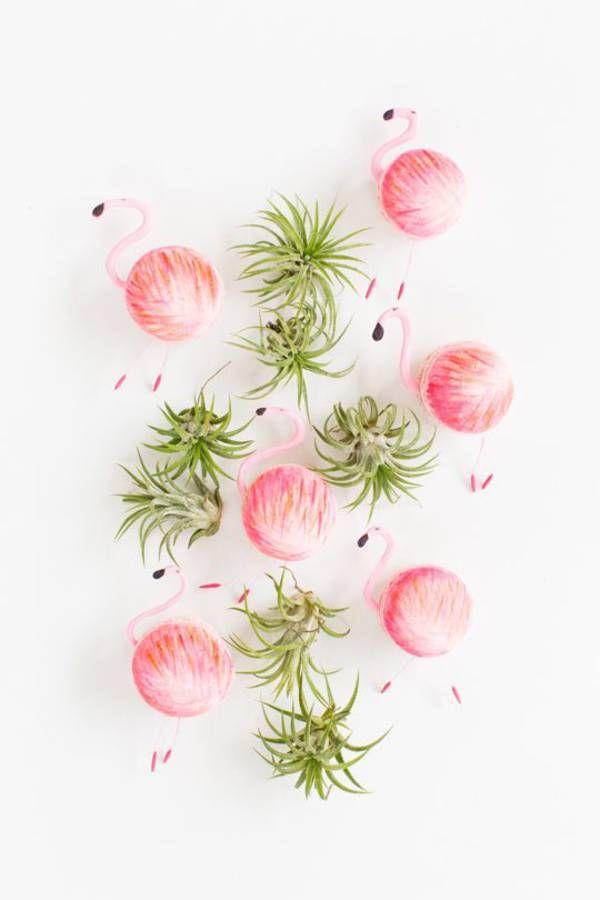 Macarons rose en forme de flamant rose
