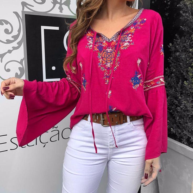 Pra quem amou essa blusa, recebemos também na cor Pink.. ❤️  Blusa Celia Pink  Compras on line:  www.estacaodamodastore.com.br  Whats app: (45)99953-3696 - Thalyta  #VAREJO ☎️SAC: (45)3541-2940 ou 3541-2195  E-mail: vendas@estacaodamodastore.com.br