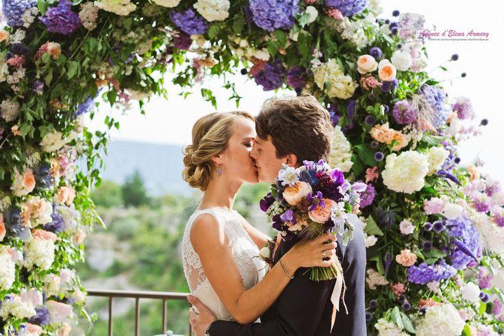 Лавандовая свадьба в Провансе, свадебная церемония во Франции, свадебный декор, декор в стиле прованс. Красивые свадьбы во Франции от Agence d'Elena Armery - Paris
