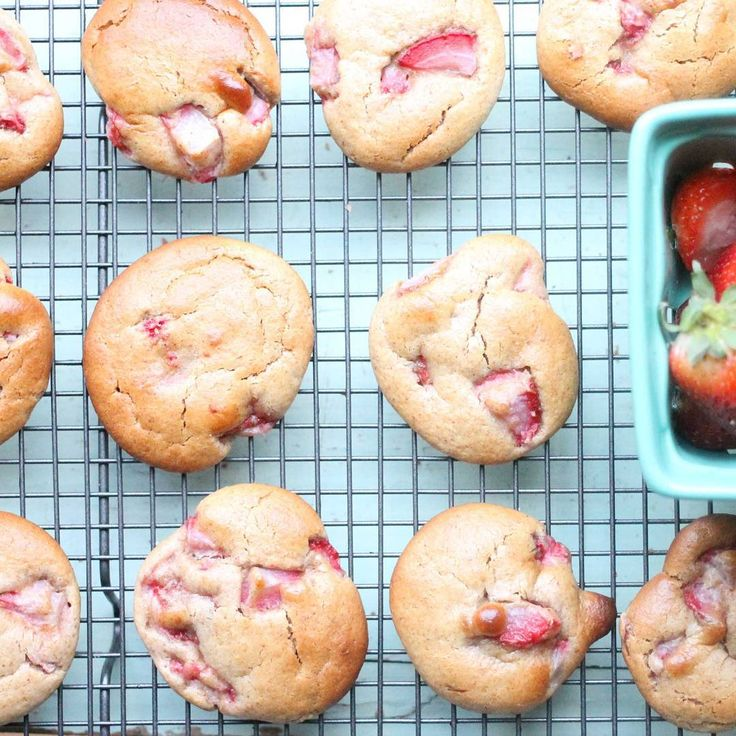 Strawberry Almond butter Cookies