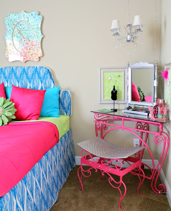 Tween Bedroom: design inspiration & bold colors from Fresh Idea Studio