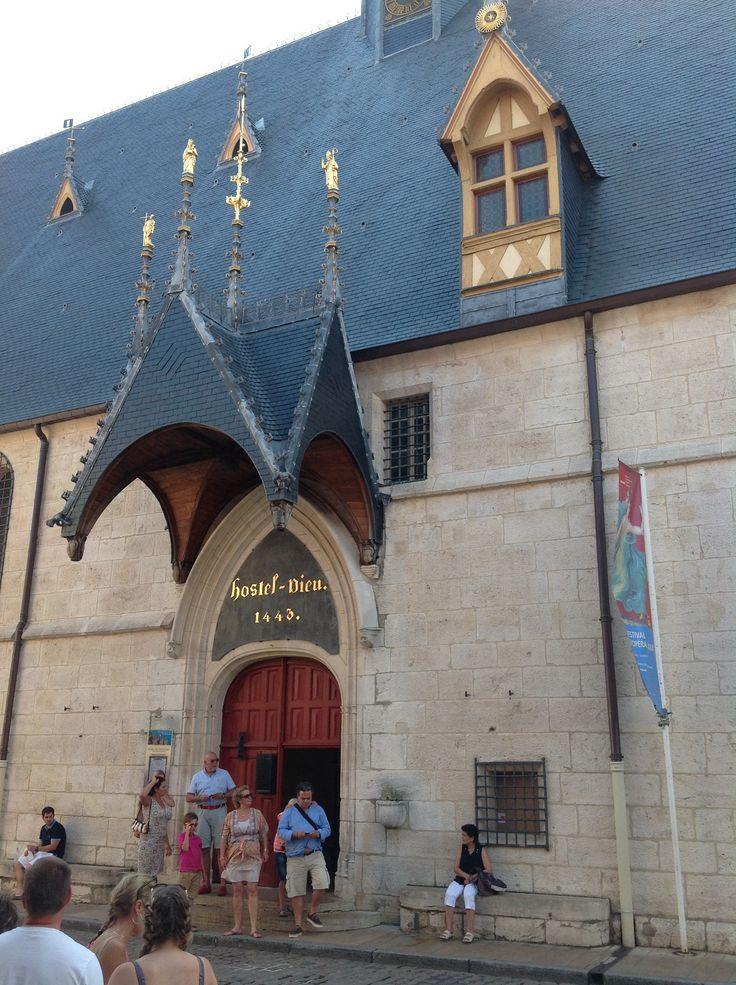 Visite des Hospices de Beaune www.gite-bourgogne.net