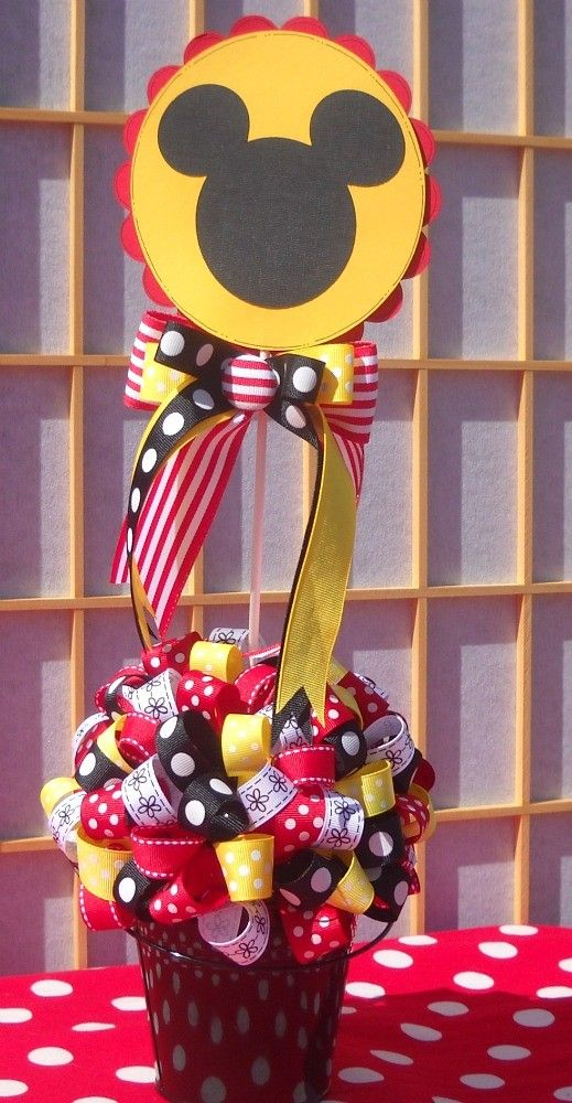 Mickey centerpiece super cute!!! im thinking way too much work though
