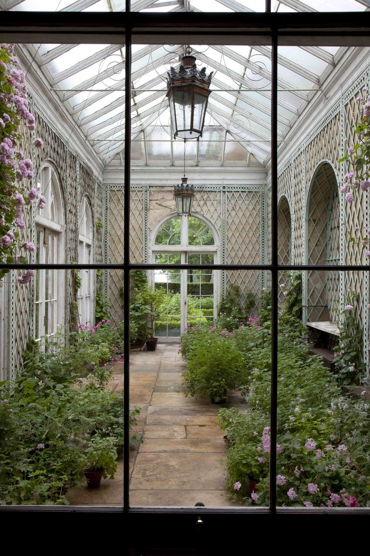 Badminton, Gloucestershire. Conservatory!!! Bebe'!!! Love this classic conservatory with latticework walls!!!