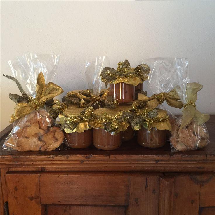 Biscotti zenzero, nocciole e limone e marmellata d'arancia, peperoncino e cannella