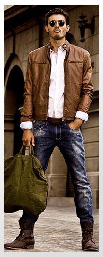 Jeans, jacket & boots http://www.zeusfactor.com/