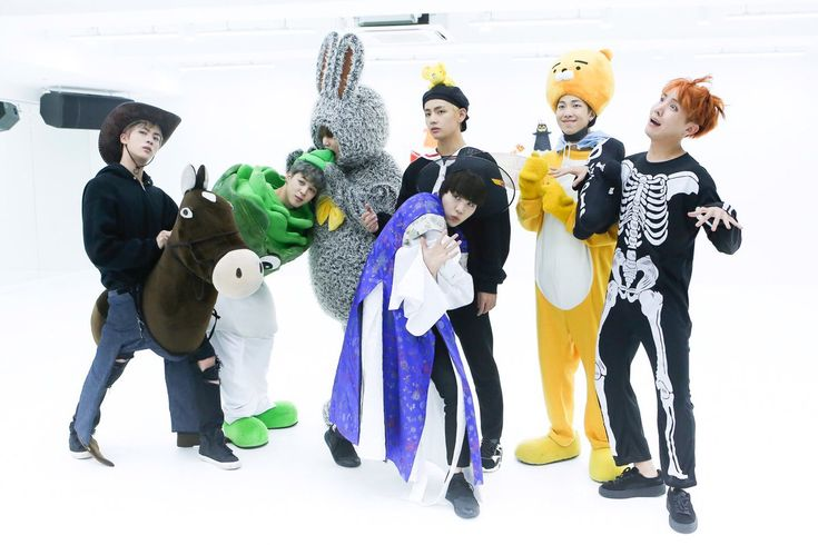 [BTS Official Tweet] WAEEEE ARE THEY LIKE THIS!!!!! NO TRANSLATION BECAUSE HALLOWEEN DANCE PRACTICE BE ALL YOU NEED TO UNDERSTAND THIS TWEET AND NOT AT THE SAME TIME!!!! tRIGGERED... ❤ I hate & love #BTS #방탄소년단