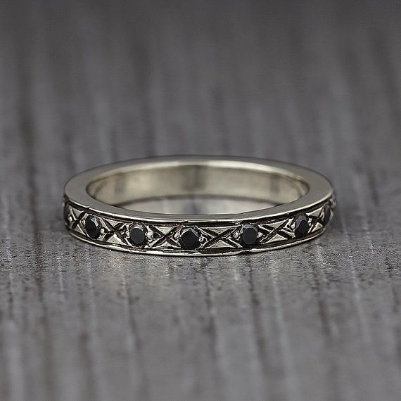 Gemstone ring - Infinity ring - Jewelry - Ring - Black gemstone ring - Engraved ring