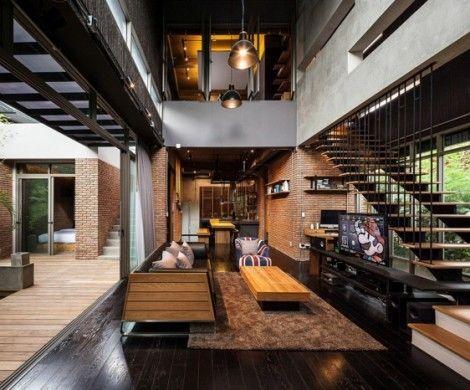 wohnhaus bangkok pool terrasse gartenfläche nachtbeleuchtung