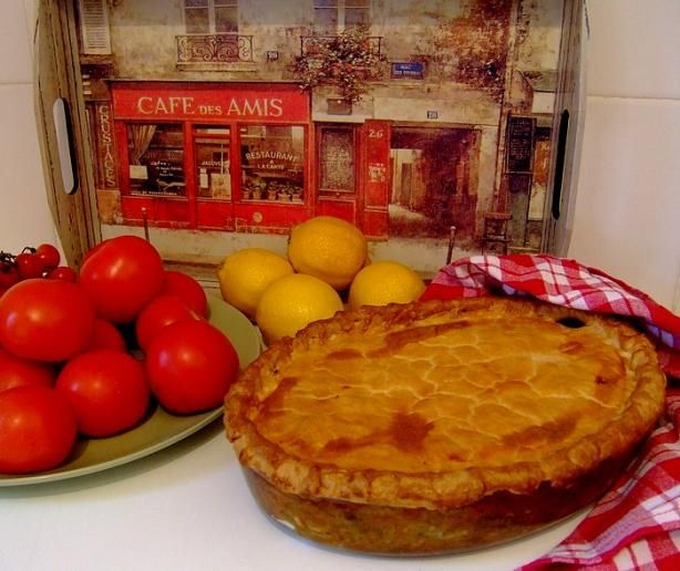 Hoenderpastei (chicken pie) is one of our favourite dinner or festive dishes.