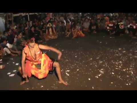 Tarian Bujang Ganong Indonesia