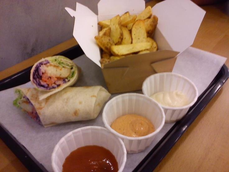 veg tacos stuffed with arancini's, red slaw, salad & salsa fresca with chips, smoke chilli ketchup & lemon cajun on the side