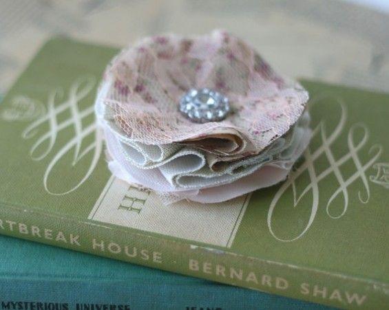 vintage hair clip DIY Wedding favor for the girls