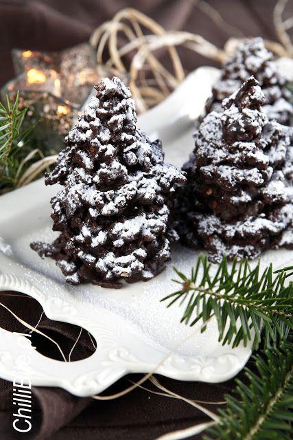 http://www.chillibite.pl/2015/12/czekoladowe-choinki-z-bakaliami.html