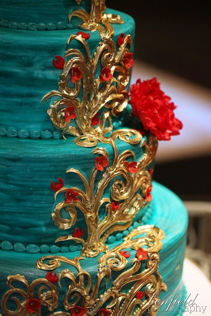 SHAPED GOLD WEDDING CAKES - Google Search