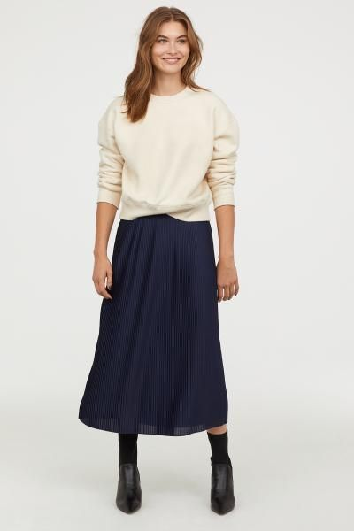 8686a1b900 Pleated Skirt in 2019   Style   Skirts, Pleated skirt, Denim pencil ...