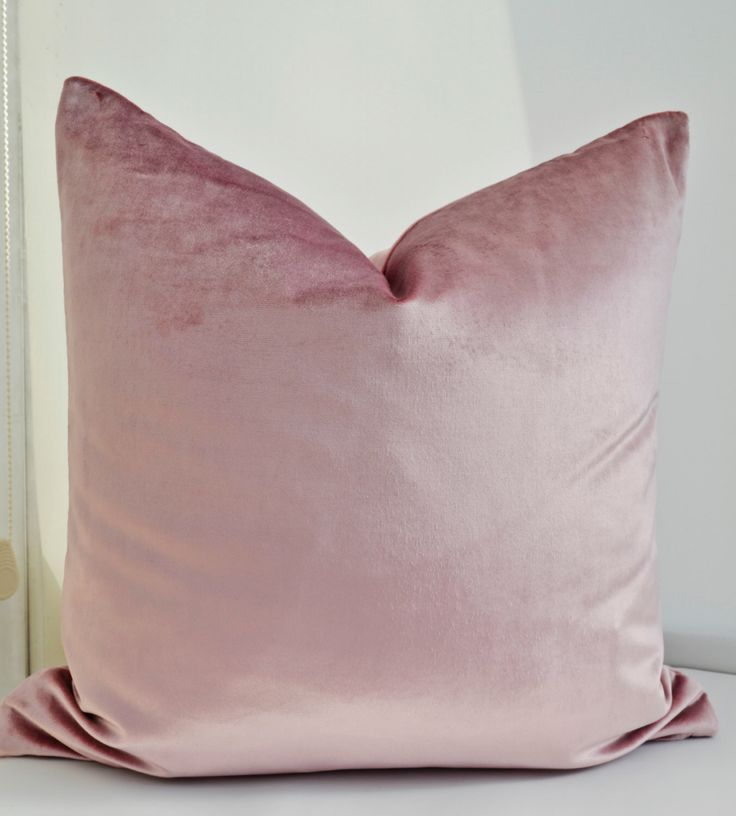 ON SALE! Pink Velvet Pillow Cover, Pink Pillow Cover, Dusky Rose  Velvet Pillow Cover,Blush Pink  Velvet Pillow Cover by LaletDesign on Etsy https://www.etsy.com/listing/194377291/on-sale-pink-velvet-pillow-cover-pink