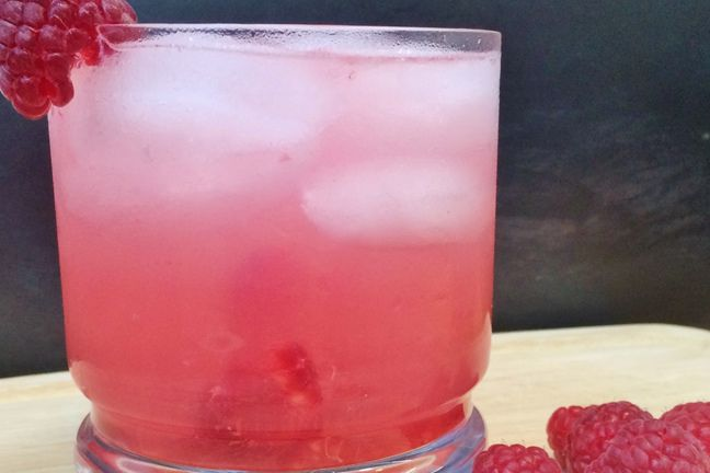 Deep Eddy's Texas Raz (serves one).  Ingredients:  1 ½ oz Deep Eddy Vodka, Muddled raspberries, 3 oz fresh lemonade, 1 ½ oz club soda, Raspberry garnish