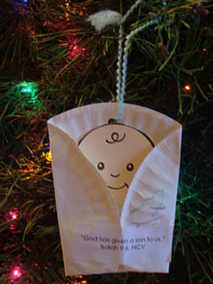 Adorable & simple ornament to make with your children