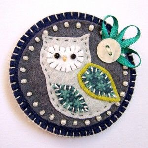 beaded felt owl pin
