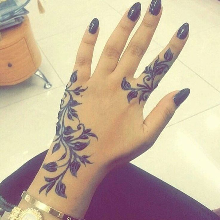 25+ Best Ideas About Girly Hand Tattoos On Pinterest