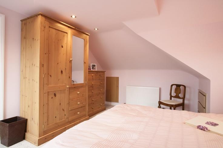 Modern pink bedroom