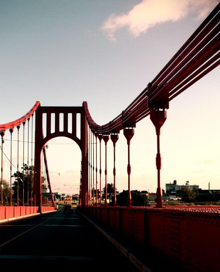 Necochea - Puente
