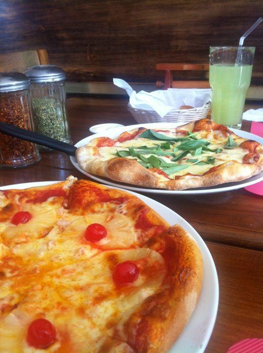 pizzas, comida italiana, ambiente
