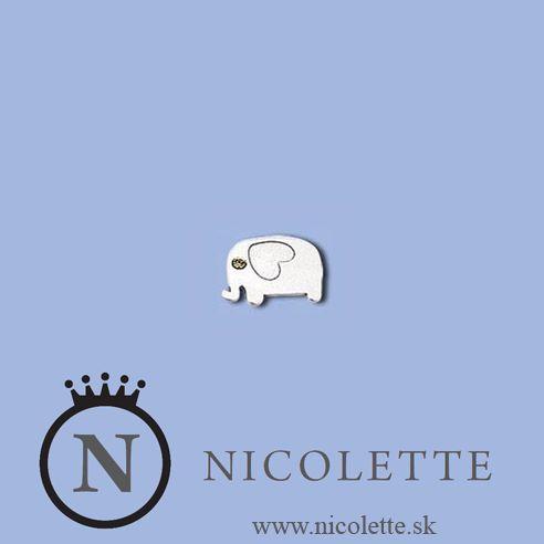 Strieborné náušnice zobrazujúce Slona obsahujú pekný trblietajúci sa kamienok. Potešíte ním každého, kto chce rozšíriť svoju zbierku náušníc o ďalší pekný kúsok z kvalitného striebra.