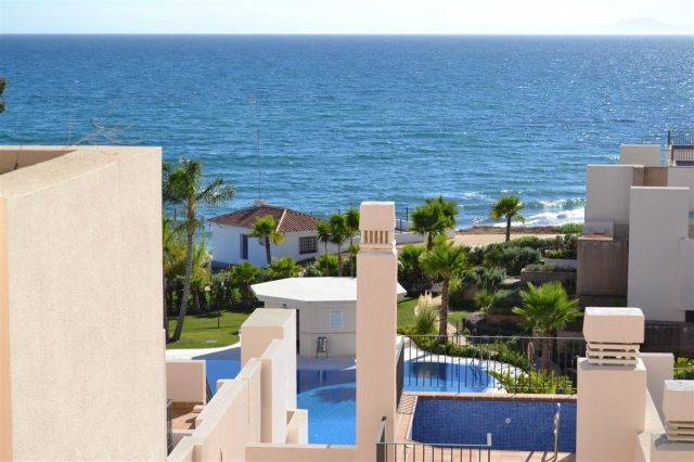 Stunning views from this frontline beach penthouse in Costa del Sol
